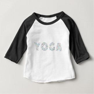 Typographie de yoga t-shirt pour bébé