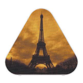 UE, France, Paris.  Tour d'Eiffel Haut-parleur Bluetooth