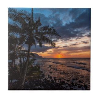 Un beau coucher du soleil petit carreau carré
