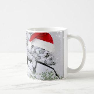 Un bouclage de Noël de caméléon Mug