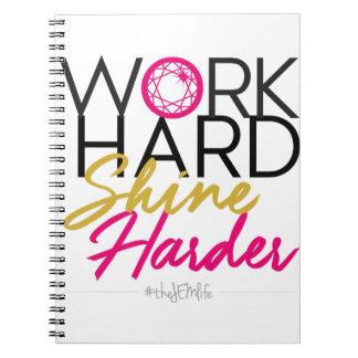 Un carnet plus dur d'éclat dur de travail