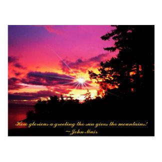 Un coucher du soleil en carte postale de coucher