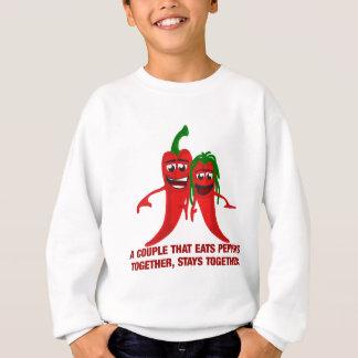 Un couple qui mange des poivrons ensemble reste sweatshirt