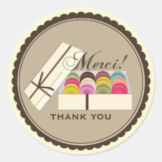Découvrez la collection des autocollants Merci et personnalisez-les avec votre texte ou vos designs.