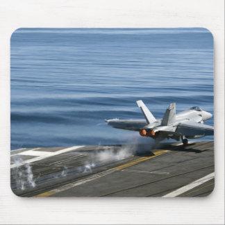 Un frelon superbe de F/A-18E Tapis De Souris