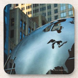 Un globe avec un acier inoxydable Amérique du Nord Sous-bocks
