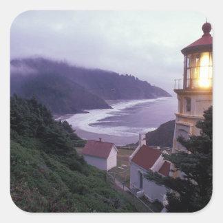 Un jour brumeux sur la côte de l'Orégon chez le Sticker Carré