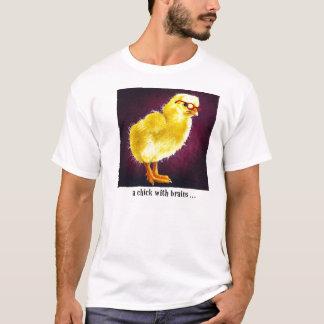 Un poussin avec des cerveaux… t-shirt