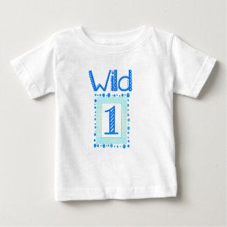 Un premier équipement sauvage d'anniversaire de t-shirt pour bébé