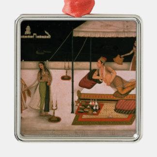 Un prince de Mughal recevant une dame la nuit Ornement Carré Argenté
