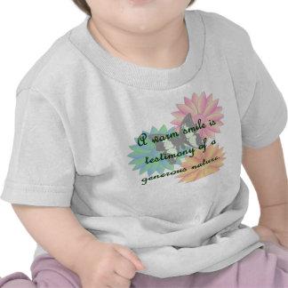 Un sourire chaud est témoignage d'une nature t-shirts