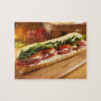 Un sous sandwich italien avec 2 puzzle