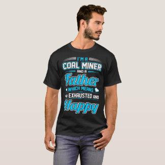 Un T-shirt heureux épuisé par père du mineur