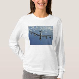 Une Armée de l'Air d'USA B-52 Stratofortress T-shirt