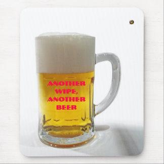 Une autre bière tapis de souris