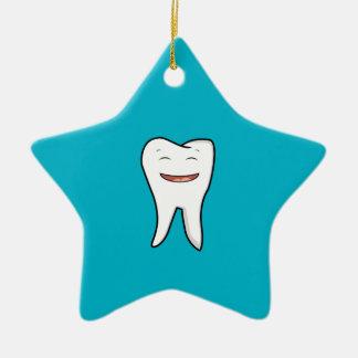 Une dent très heureuse ornement étoile en céramique