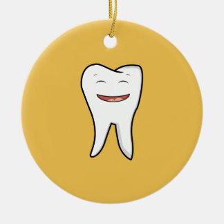 Une dent très heureuse ornement rond en céramique