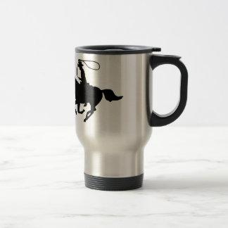 Une équitation de cowboy avec un lasso. mug de voyage en acier inoxydable