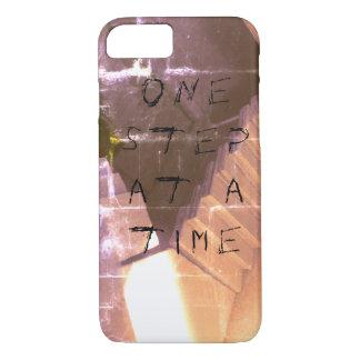 """""""Une étape grunge/gothique à la fois"""" téléphonent Coque iPhone 7"""
