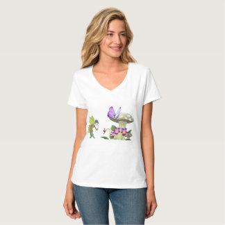 Une fée dans le T-shirt des femmes de terre