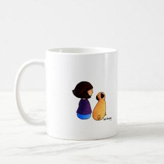 Une fille et son carlin (brune) mug