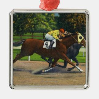Une finition étroite à la voie de course, chevaux ornement carré argenté