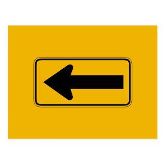 Une flèche de direction laissée, trafiquent le carte postale