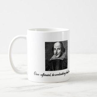 Une fois que caféiné, le Wordsmithing débutera Mug