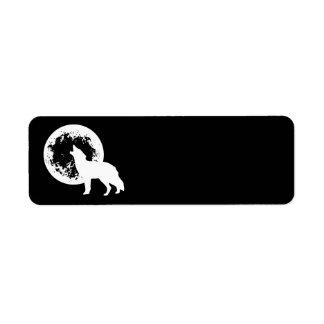 Une lune de loup étiquettes d'adresse retour