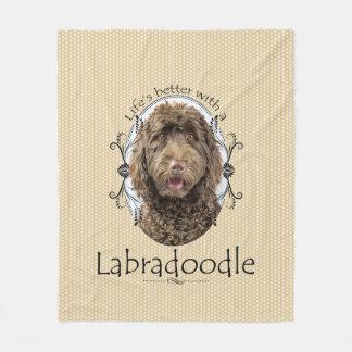 Une meilleure couverture d'ouatine de Labradoodle