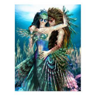 Une mer de carte postale d'amour et de beauté