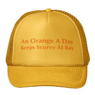 Une orange par jour garde le scorbut à la baie casquettes de camionneur