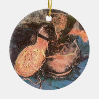 Une paire de chaussures par Vincent van Gogh, art Ornement Rond En Céramique