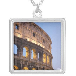 Une partie de Colosseum au crépuscule Pendentif Carré