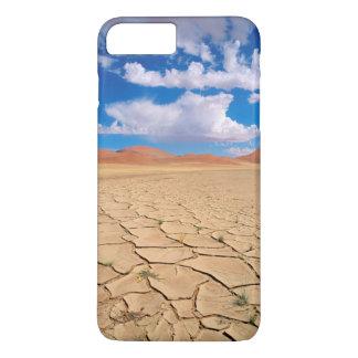 Une plaine criquée de désert coque iPhone 7 plus
