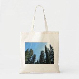 Une promenade dans le sac fourre-tout en bois