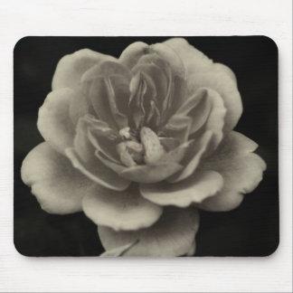 Une rose pour la plus chère… tapis de souris