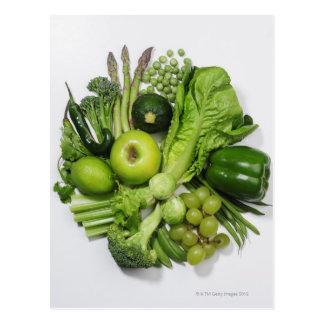 Une sélection des fruits et des légumes verts cartes postales