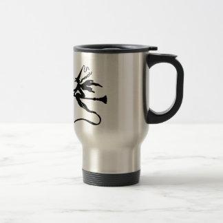 Une sorcière sur un manche à balai avec un chat mug de voyage en acier inoxydable