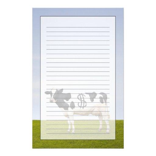 Une vache laitière du Holstein avec des taches sou Papier À Lettre Personnalisé