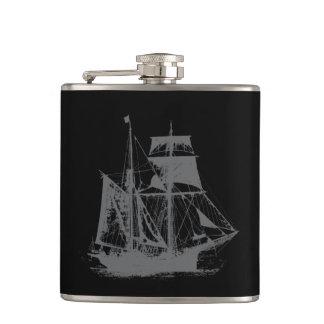 Une vie ship_3 de pirates flasques