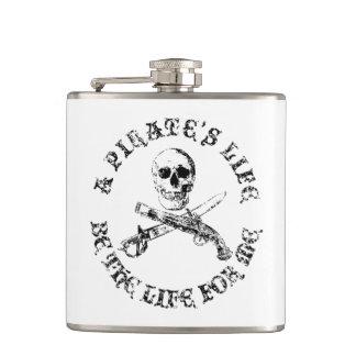 Une vie skullflask_9 de pirates flasques