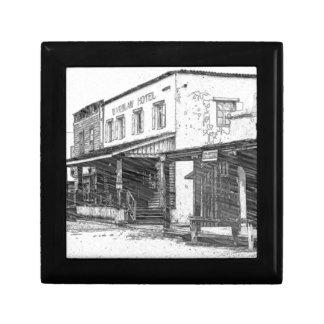 Une vieille ville occidentale petite boîte à bijoux carrée