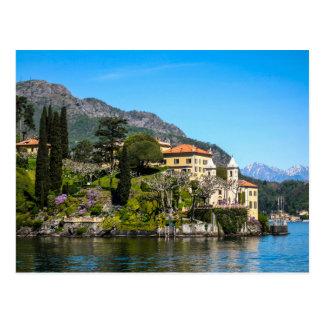 Une villa sur le lac Como, Italie - carte postale