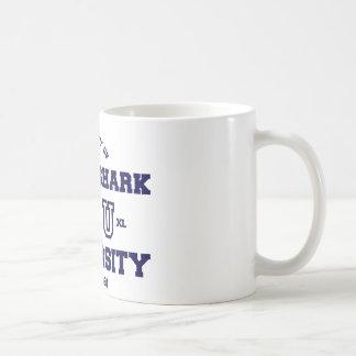 Université 2 de requin de tisonnier mug