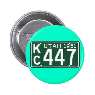UT51 BADGES AVEC AGRAFE