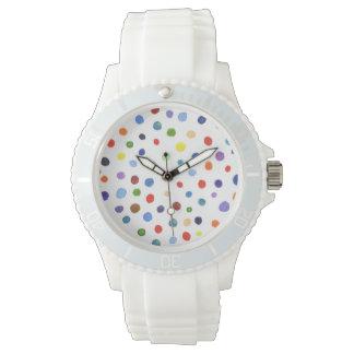 Vacances colorées de montres qui sont toujours