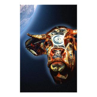 Vache à l'espace papier à lettre personnalisable