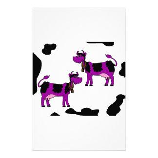 Vache pourpre et noire papier à lettre personnalisé