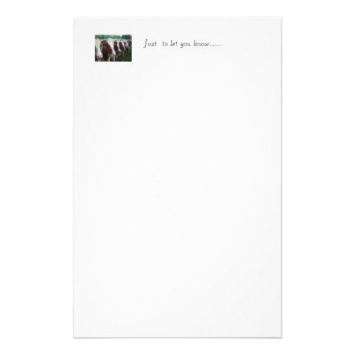 Vaches dans la rangée papier à lettre personnalisable